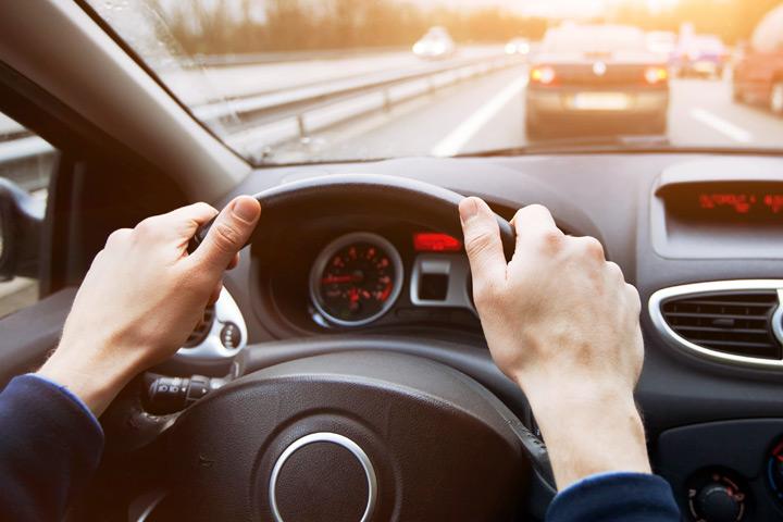 señales-manos-todo-conductor-debe-conocer